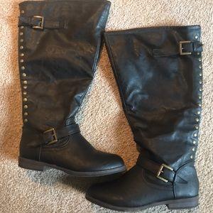 Black Riding Boots: Wide Calf